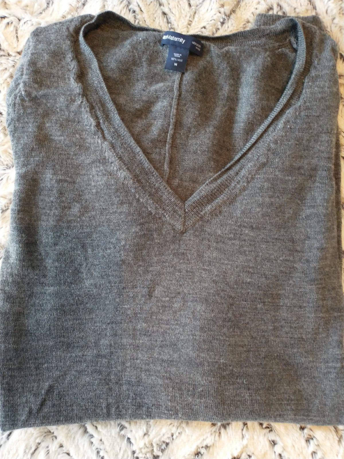 Gap maternity shirt, size M