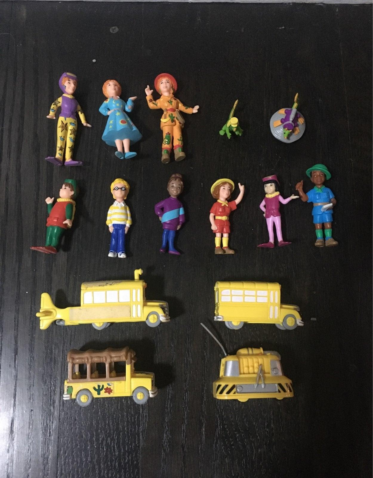 Lot of Magic School Bus Plastic Figures