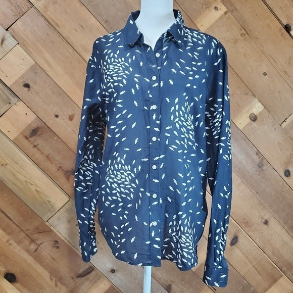 JcPenney Novelty Fish Print button up