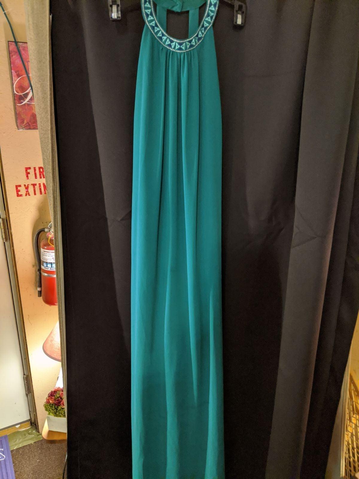 maxi dress, get 2 free