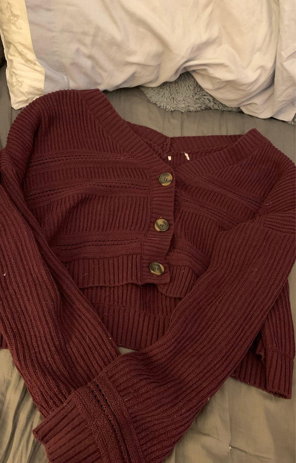 Aéropostale sweater
