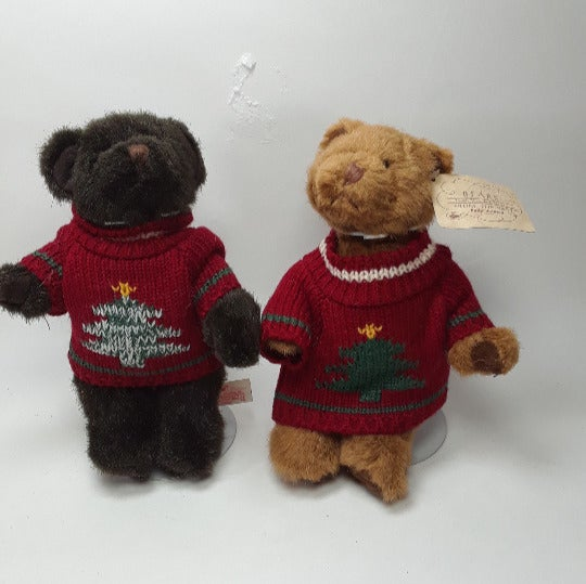 2 RUSS FROM THE PAST 7'' CHRISTMAS SWEATERS BEARS WITH STANDS A7