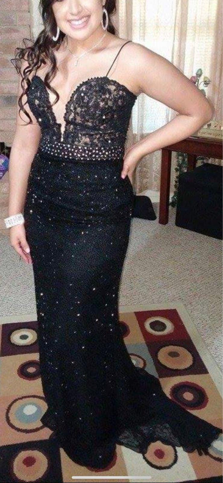 Black Prom dress
