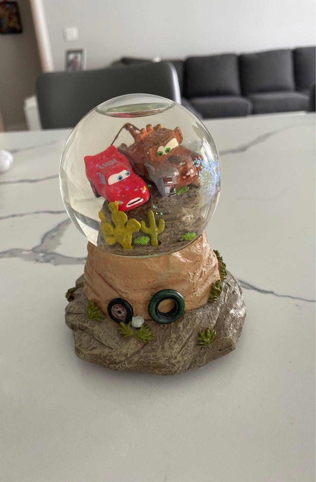 Htf Disney Pixar Cars snow globe
