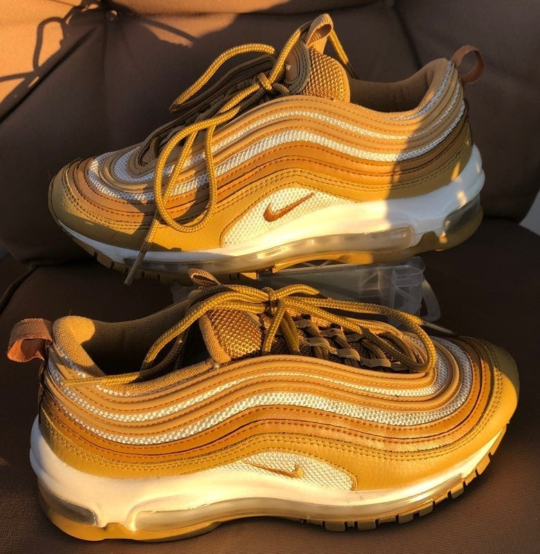 Nike airmax 97 womens shoes wheat /gold