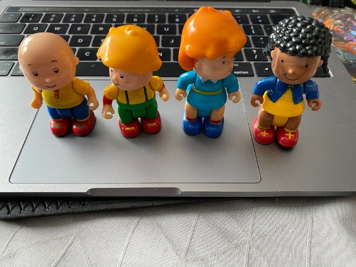 PBS CAILLOU Hard to find Figures