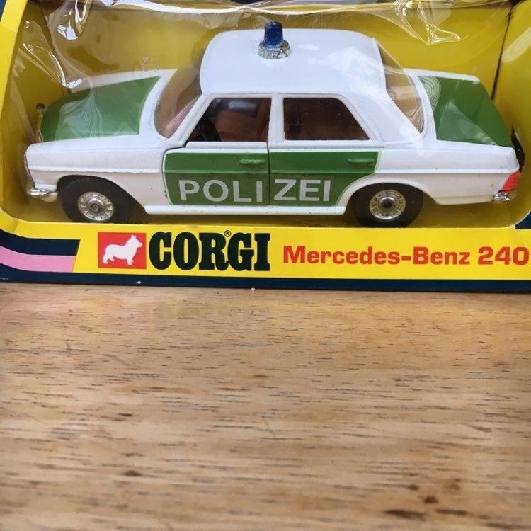 Corgi Mercedes-Benz Police Car