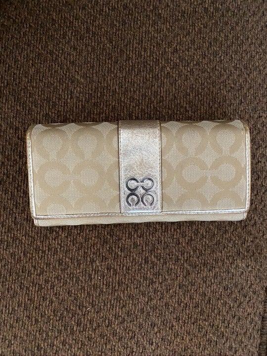Full size wallet