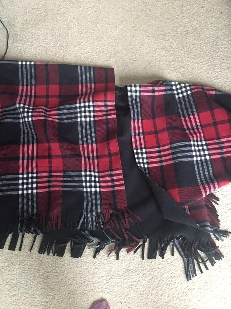 Ladies shawl plaid fleece