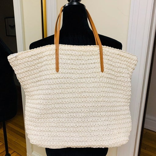White Woven Summer Tote with Leather Han