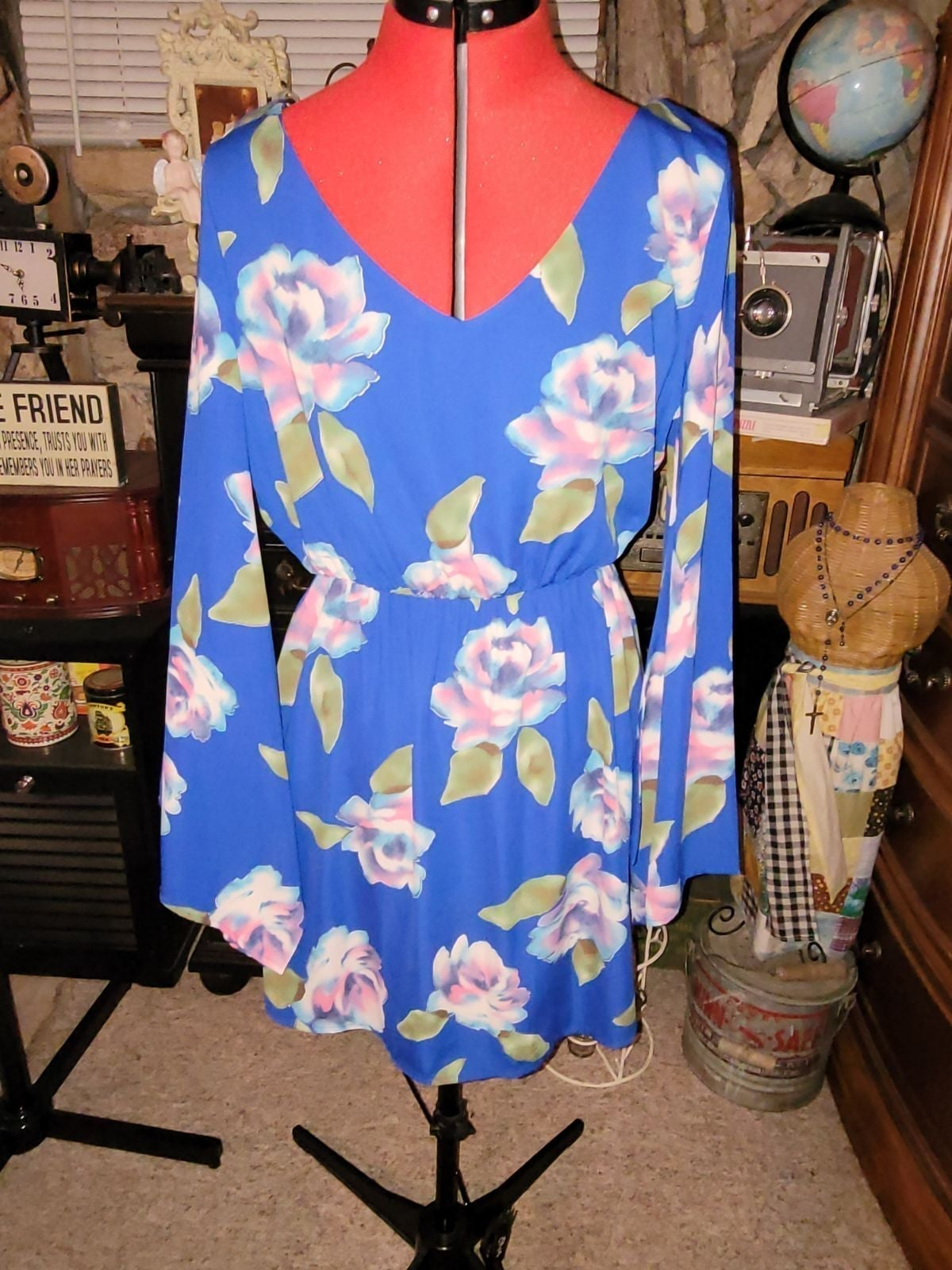 Pink Owl Island Waters Dress! Size Large