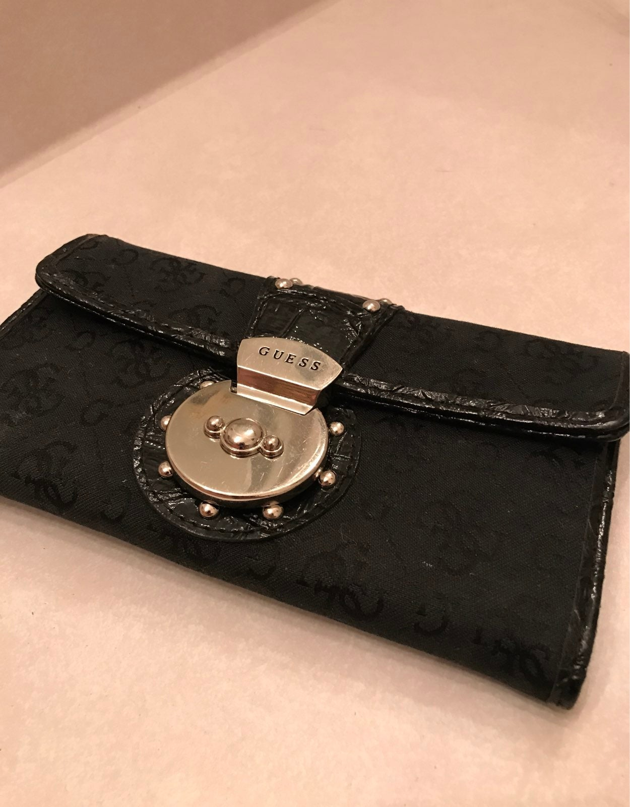 Genuine Guess Womens Wallet