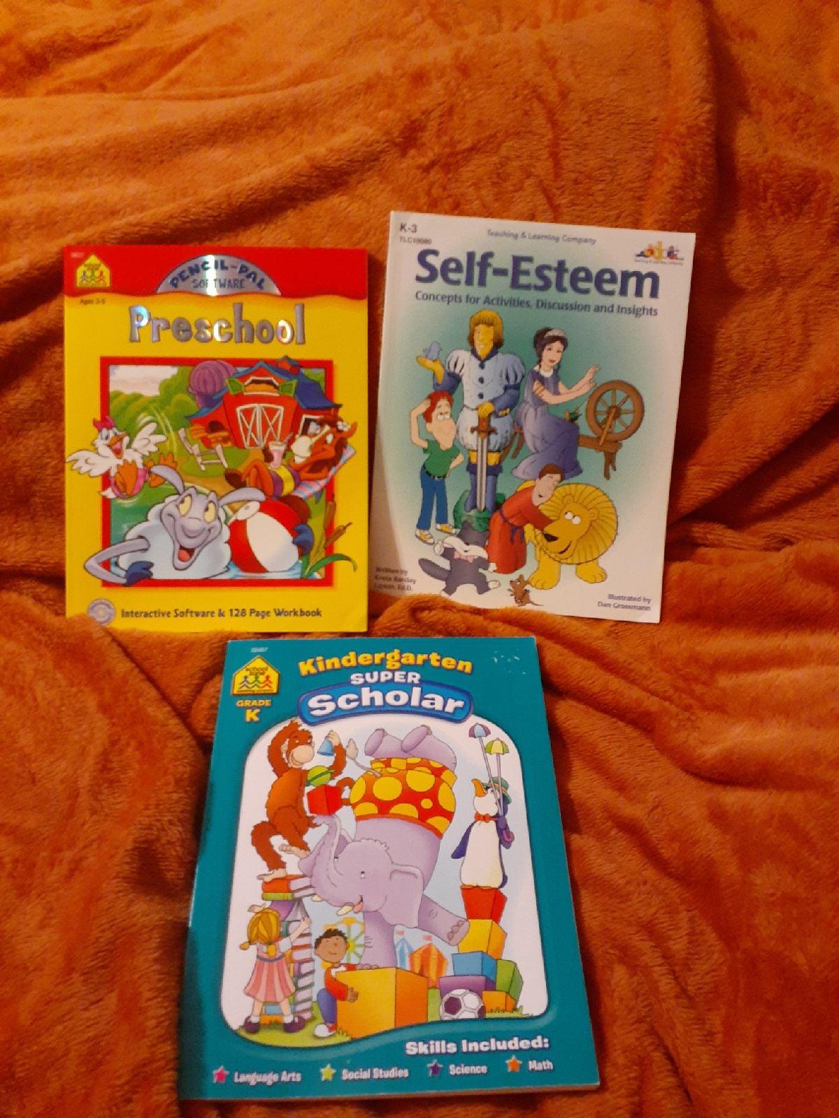 3 Teaching Books ■