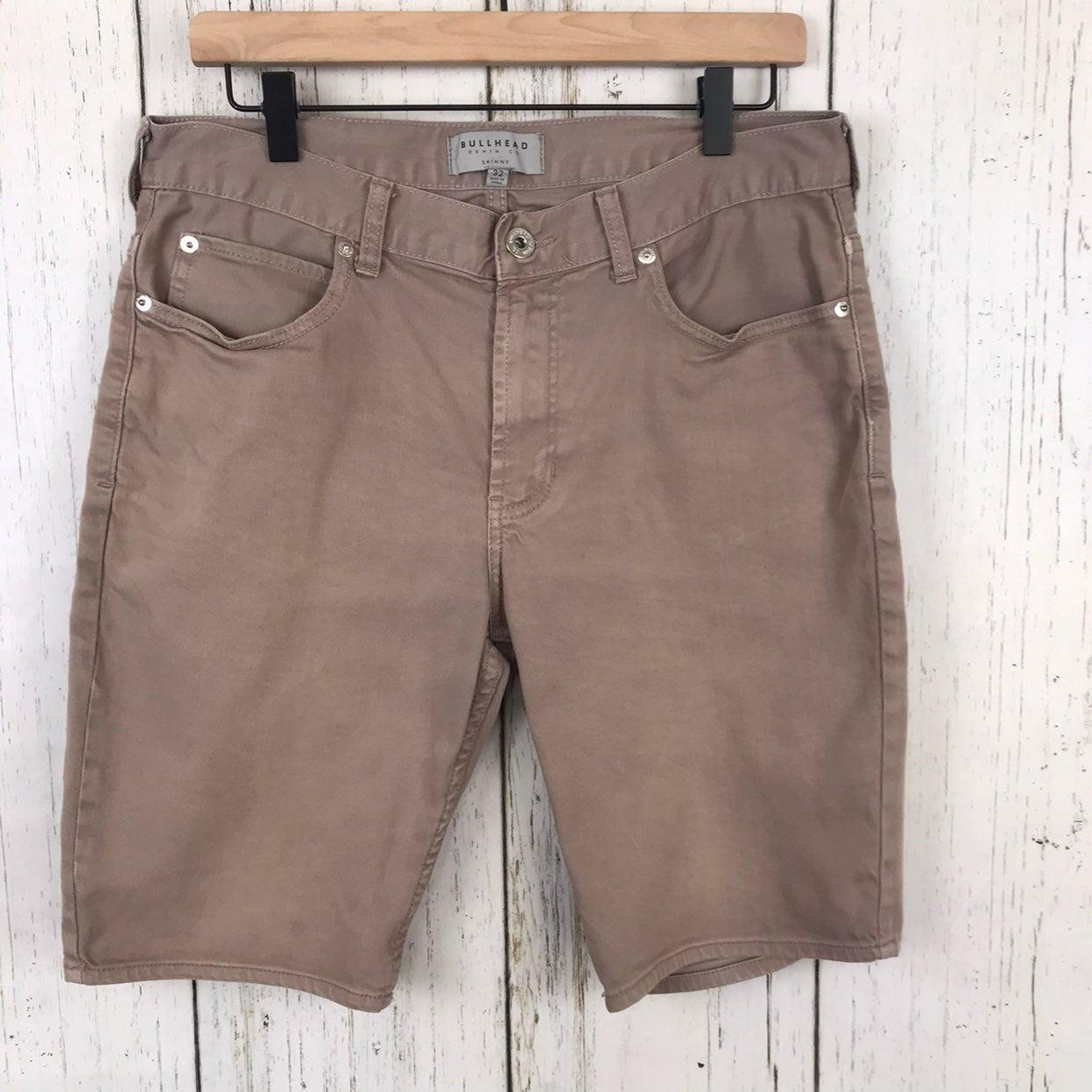 Bullhead // Tan Bermuda Skinny Shorts