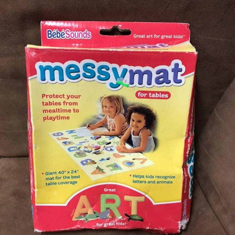 "New Vintage kids Messy Mat 40x24"""