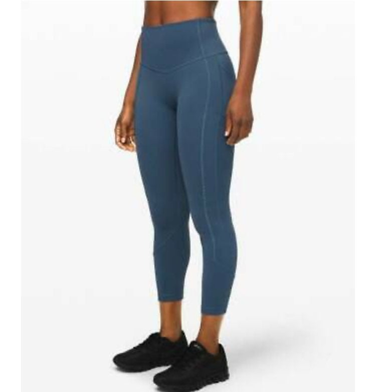 NWT Lululemon All The Right Places Crop