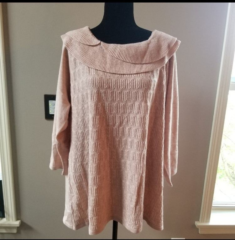 NWT Briggs Preowned sweater, size 2X