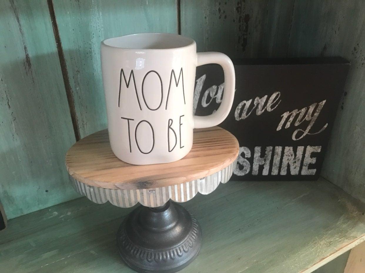 "BN Rae Dunn ""MOM TO BE"" LL Mug"