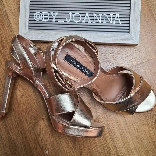 *BCBGMAXAZRIA*  Leather Platform Sandals