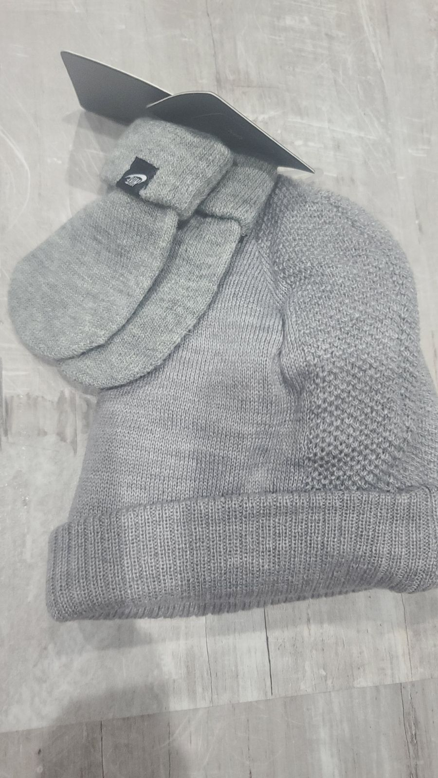Infant Nike knit hat and mittens
