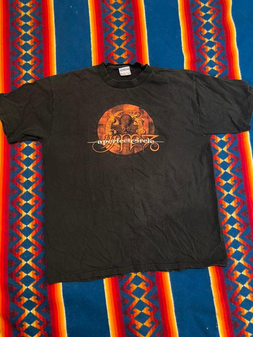 Vintage A Percect Circle Band T XL