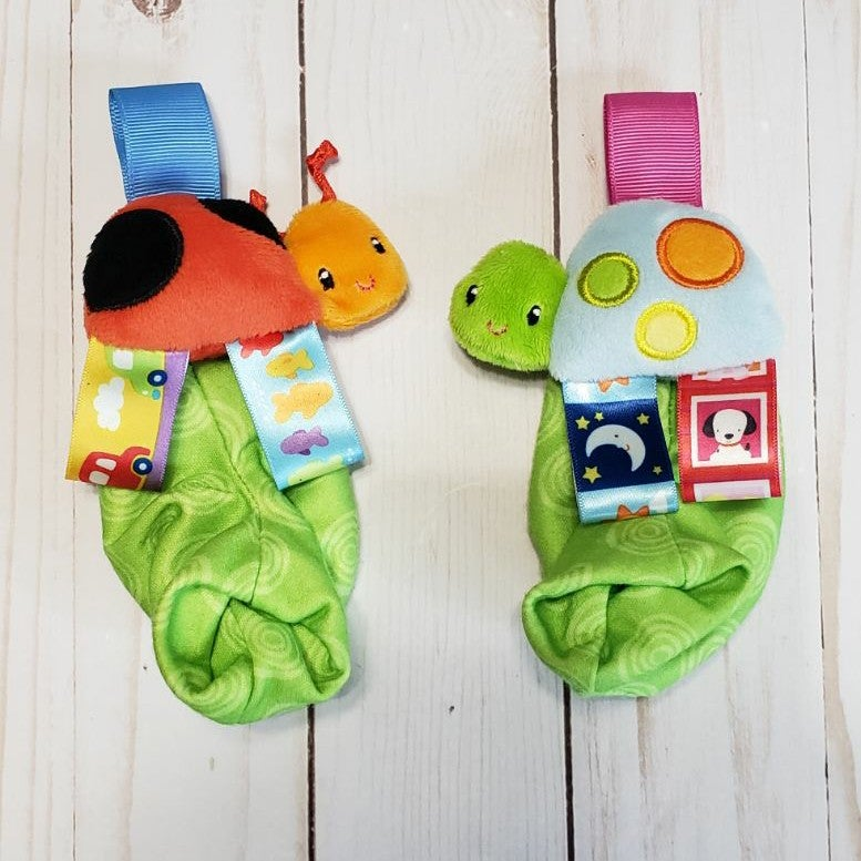 Taggies infant baby foot rattles
