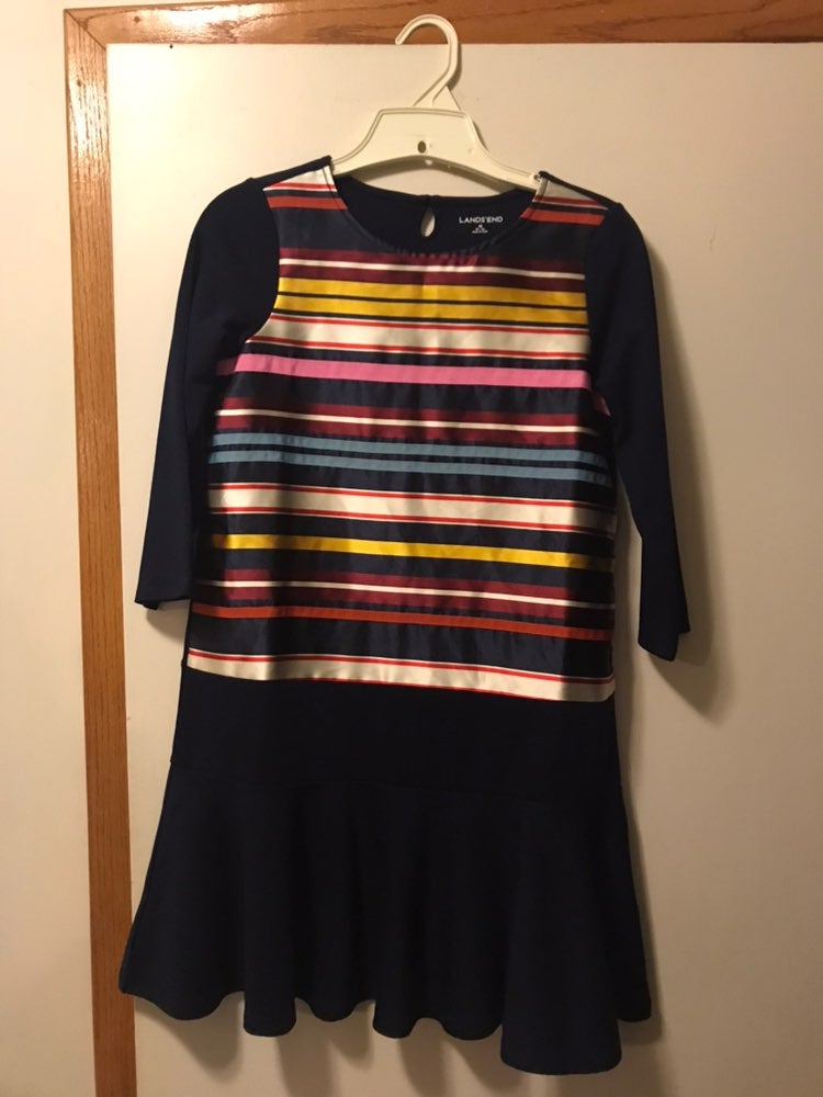 Knit Dress With Ribbon Stripe Front