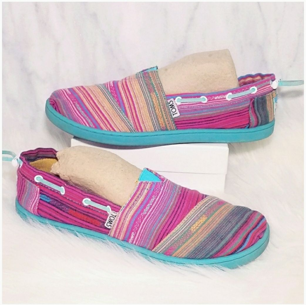 #15 Toms Slip On Loafers Flats Shoes 5