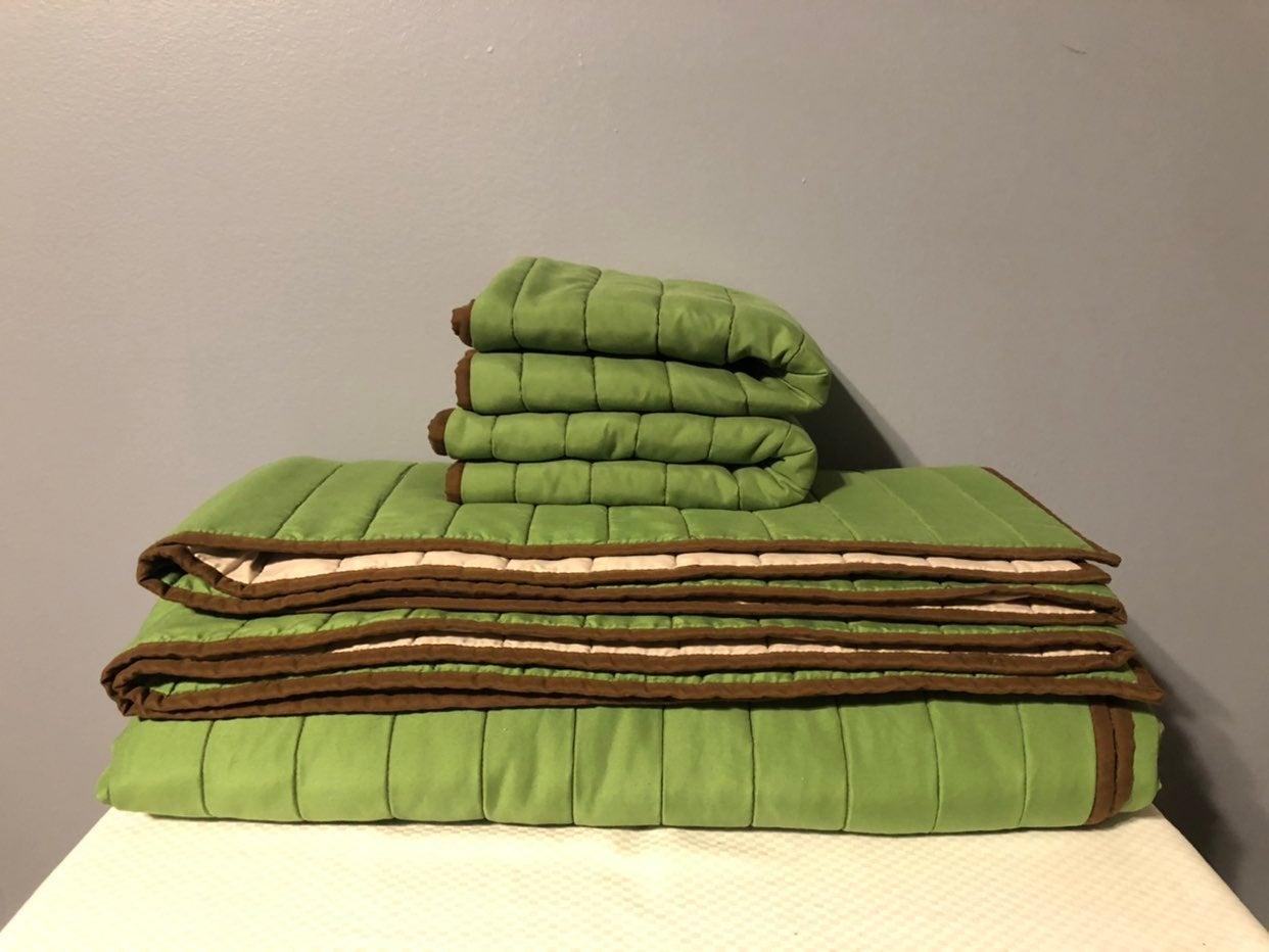 3 Pc Pillowfort Full/Queen Quilt Set