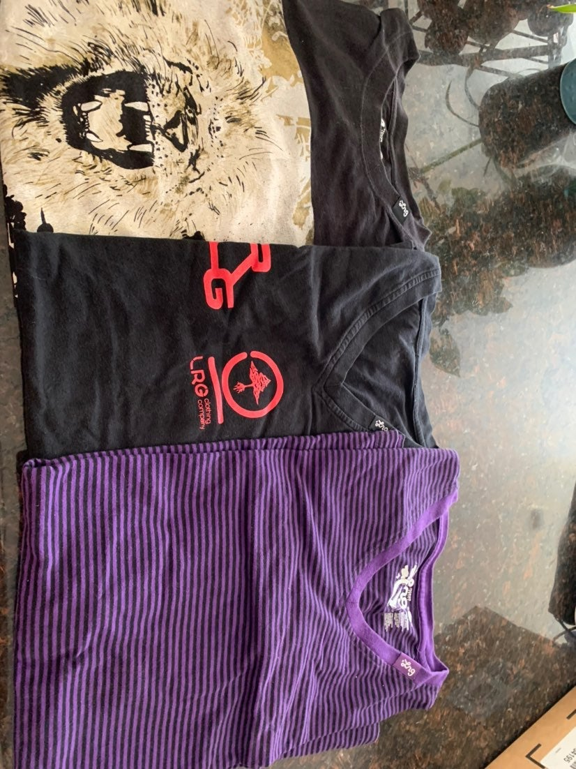 Mens LRG t-shirts