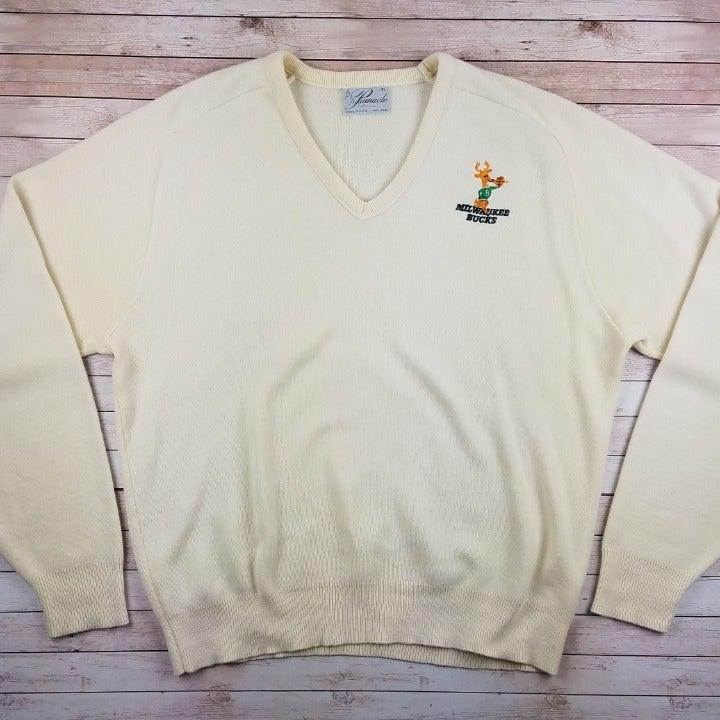 VTG 70s/80s Milwaukee Buck VNeck Sweater