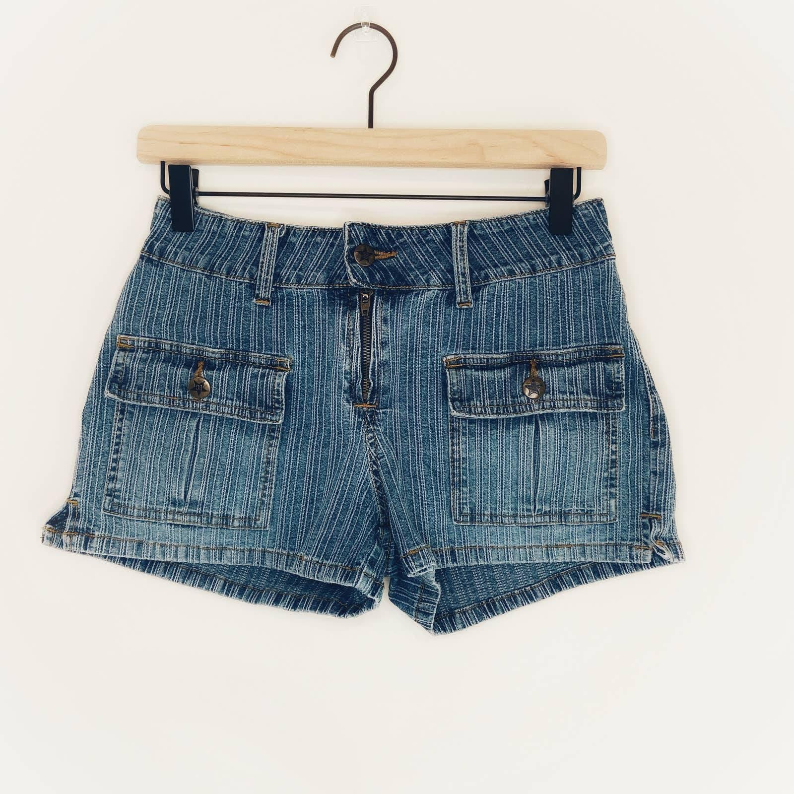 Bubblegum Dark Wash Denim Shorts Size LJ