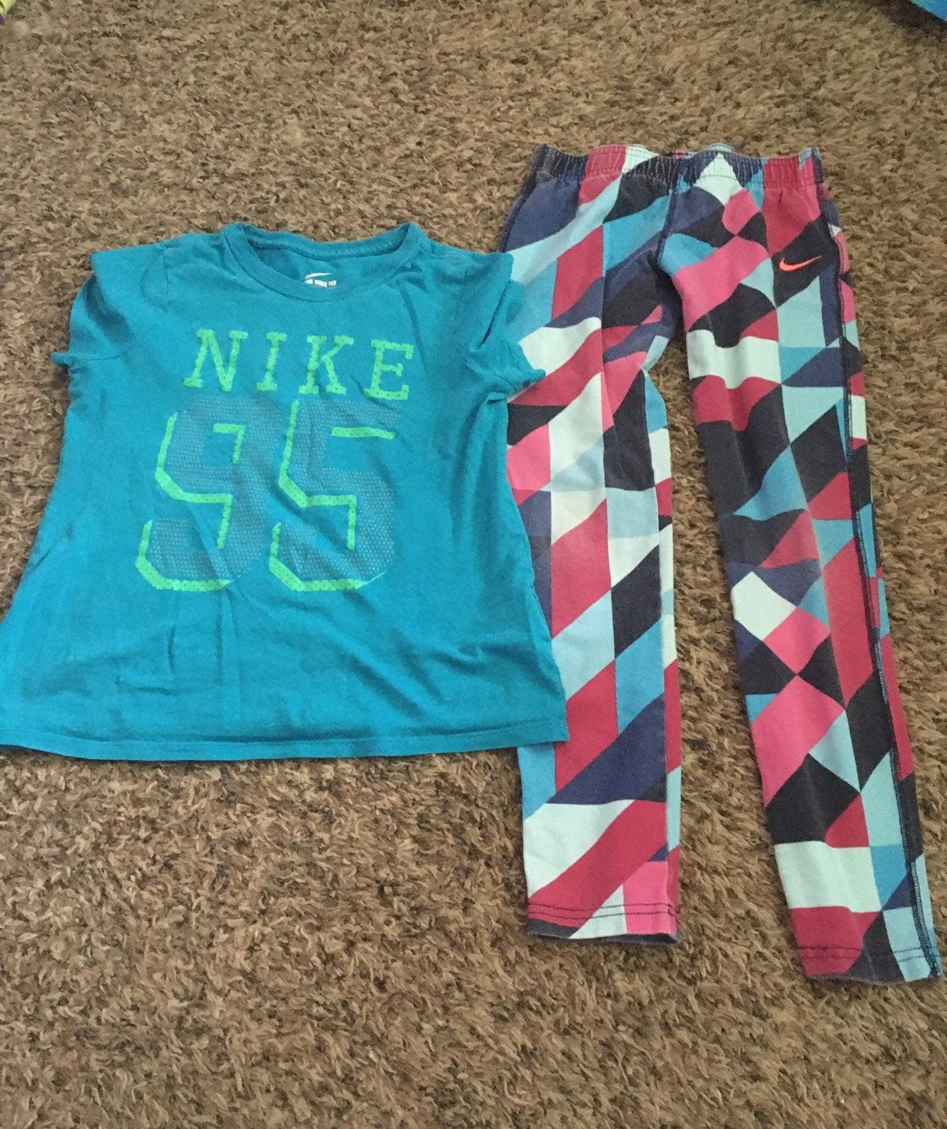 Girls Nike shirt and leggings.  Size Med