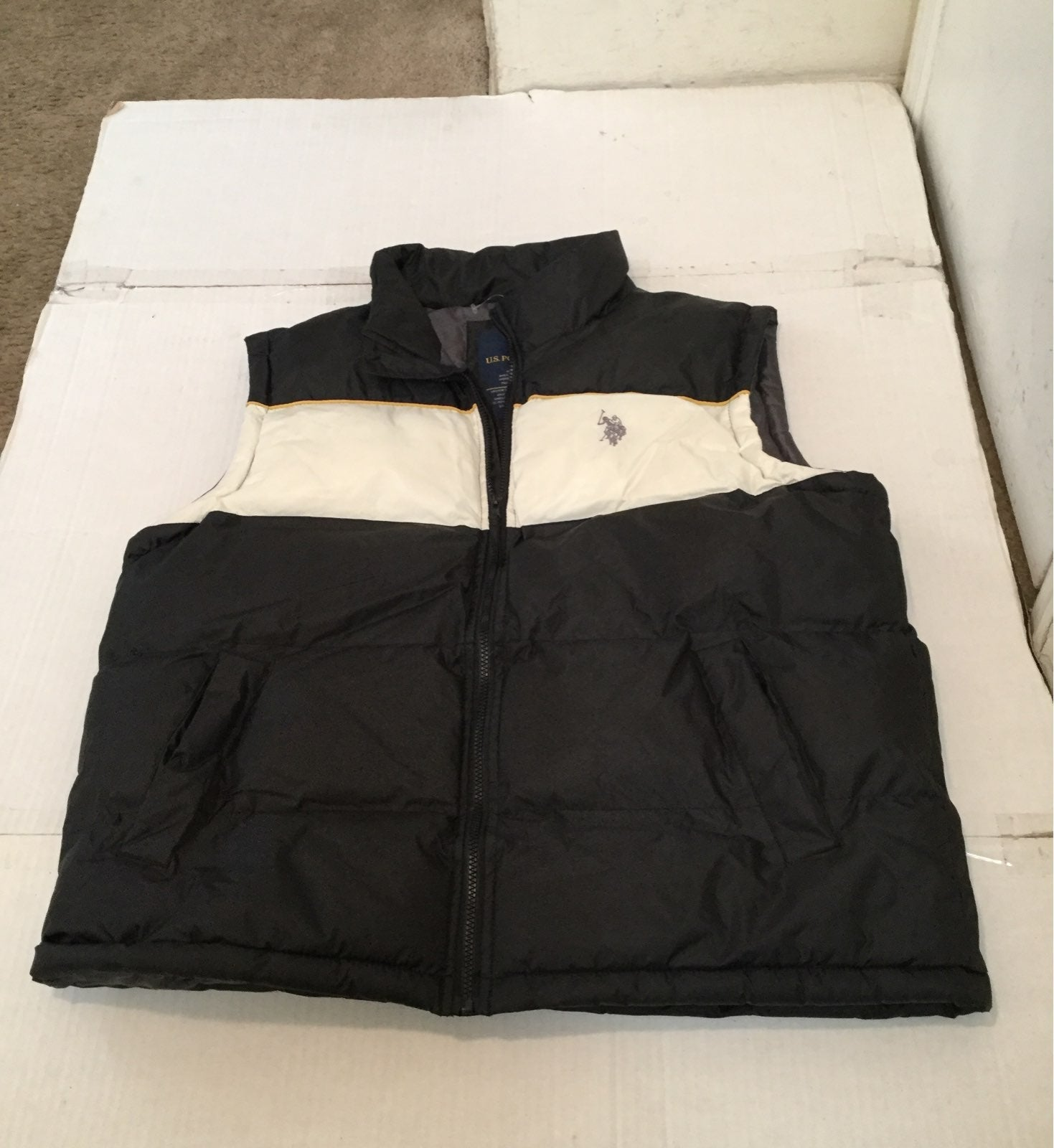 MENS US POLO ASSN PUFFY VEST LARGE