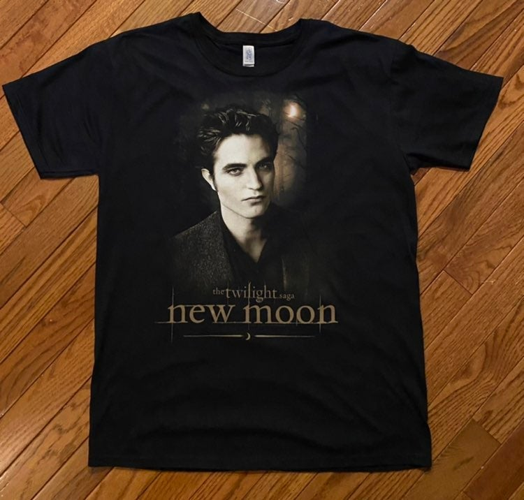 Twilight New Moon Edward T-Shirt