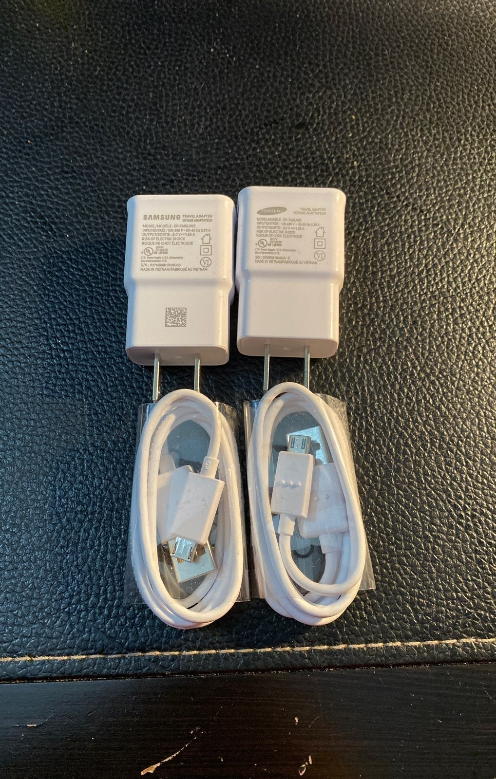 2x Samsung Travel Adapter w/ Micro-USB