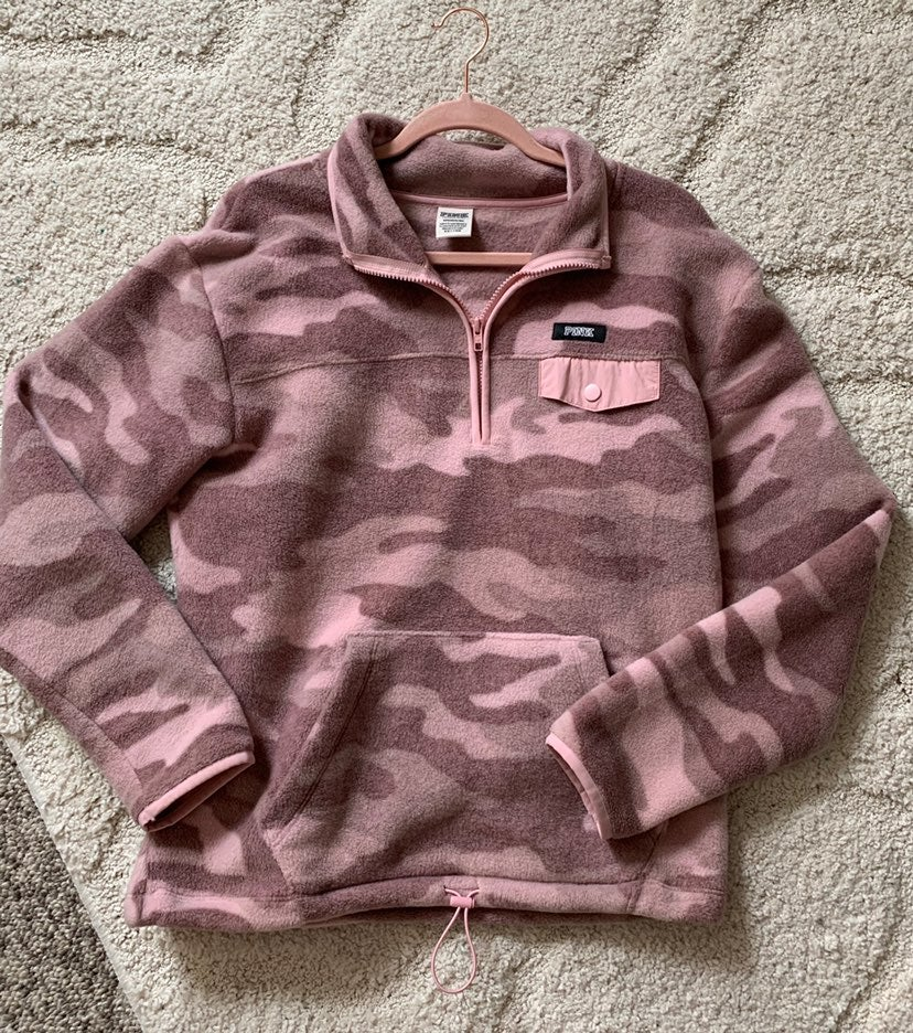 VS PINK camo fleece