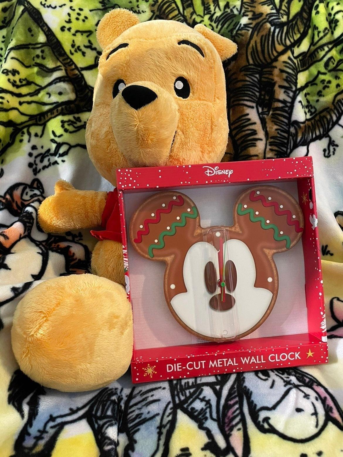 Mickey Gingerbread Cookie Clock