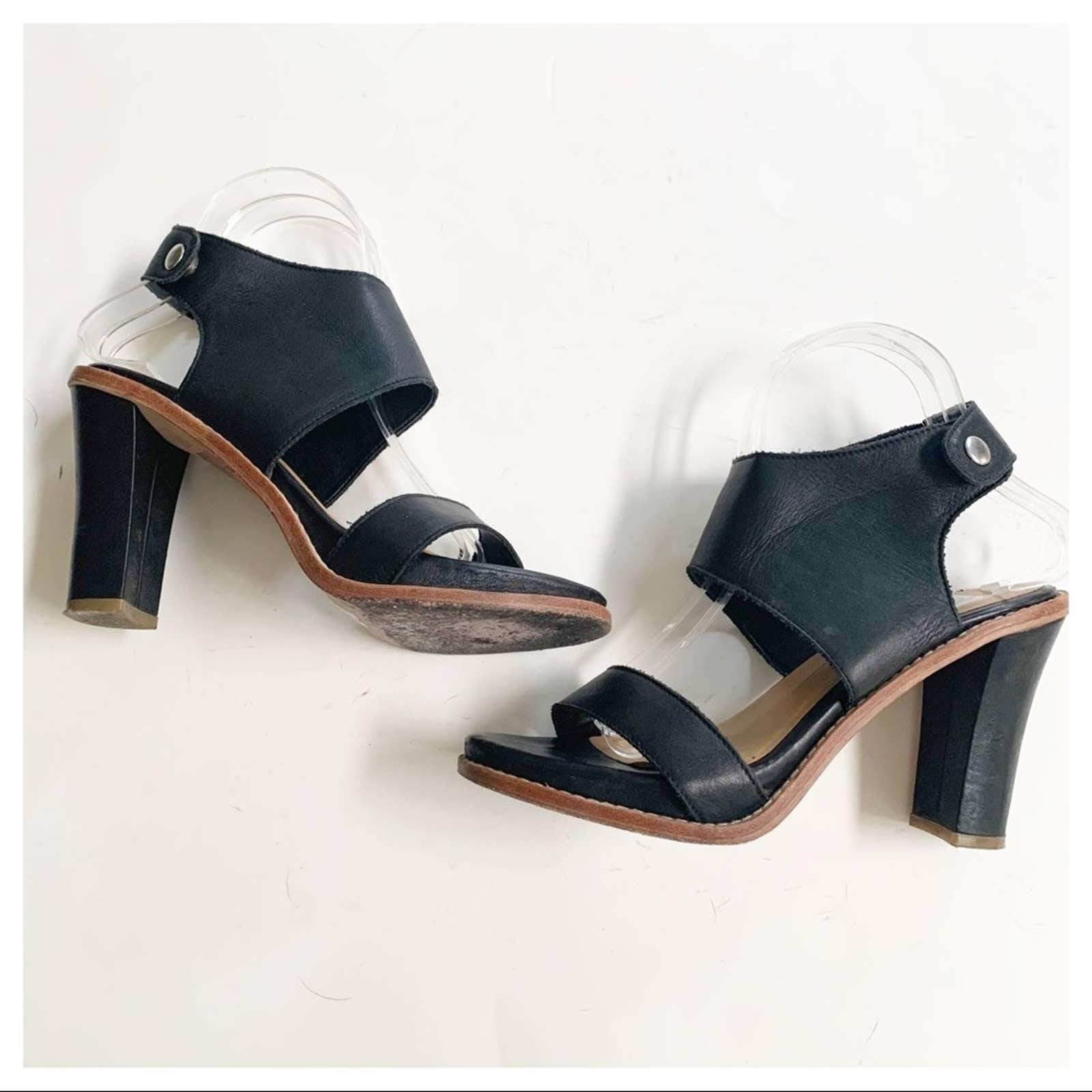 Dolce Vita Black Gwendolyn Sandals 8.5