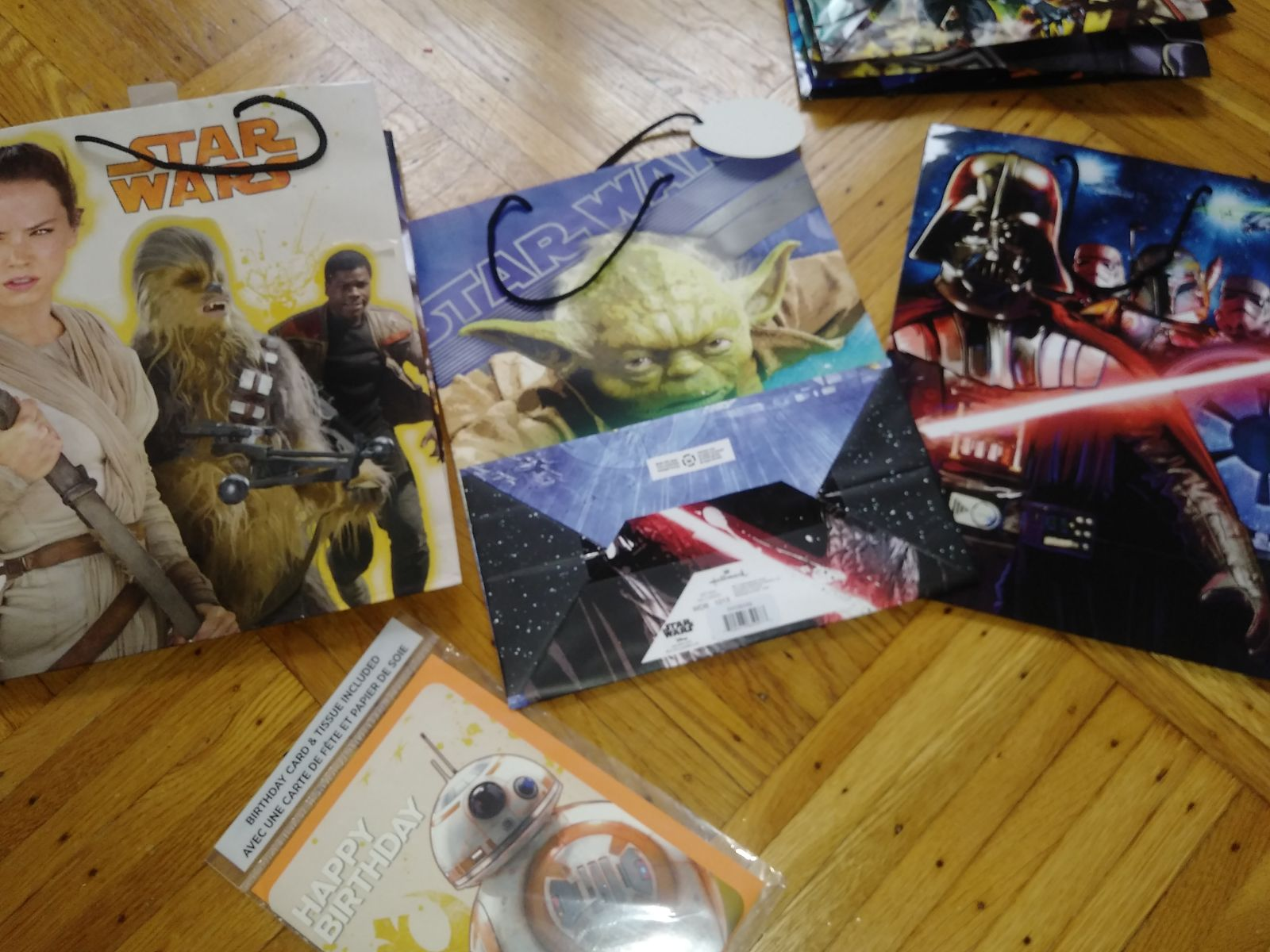 Star wars birthday gift bags and card