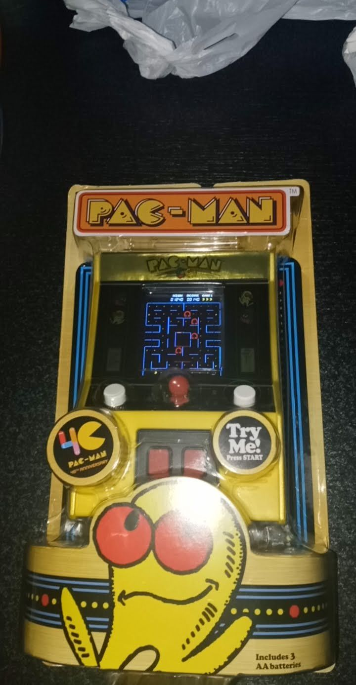 Pacman Limited Edition Game Machine