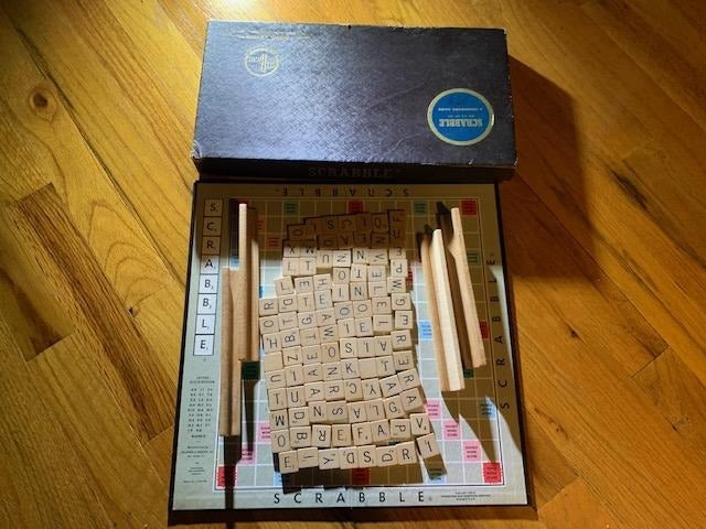Vintage Scrabble Selchow & Righter 1953