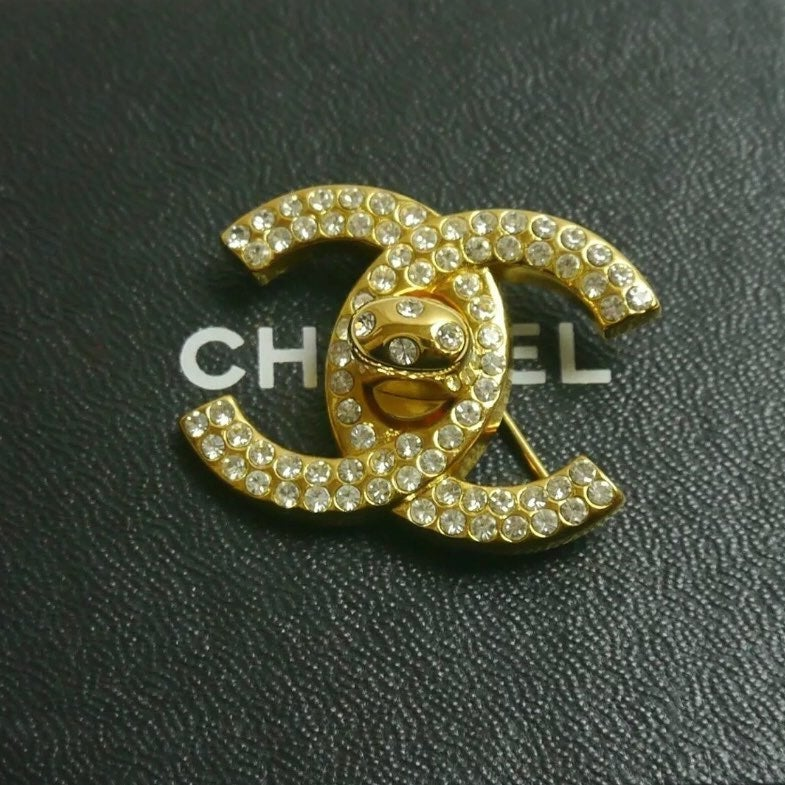 AUTH CHANEL Turnlock Rhinestone Brooch