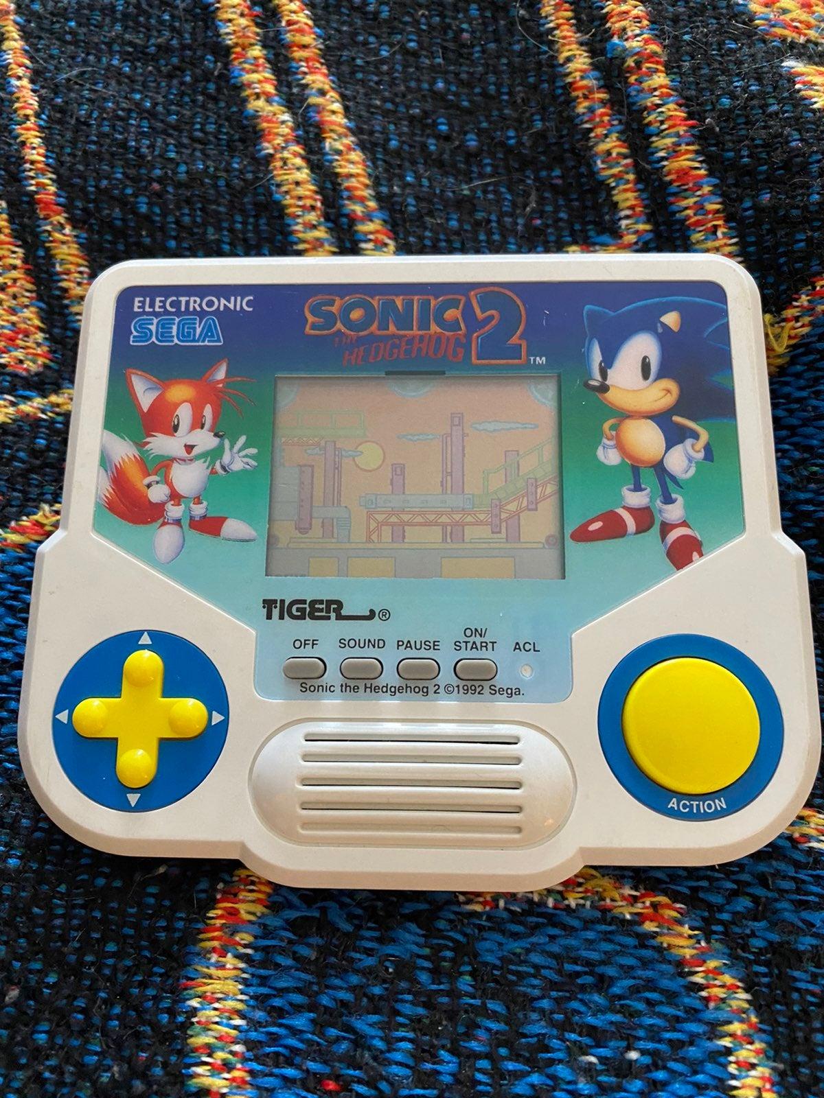 Sonic the Hedgehog 2 Tiger Handheld Game