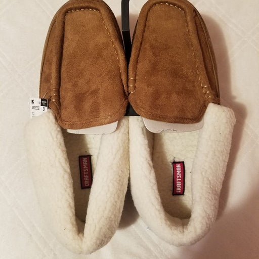 Mens Slippers size 9