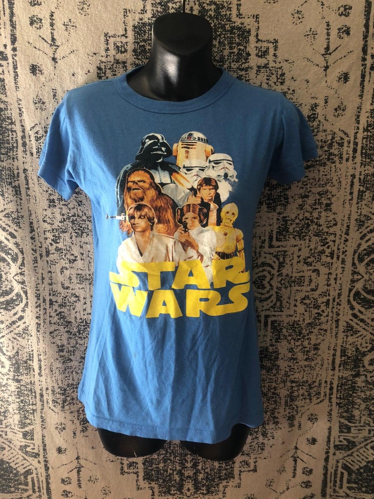 Womens Small Star Wars Tshirt