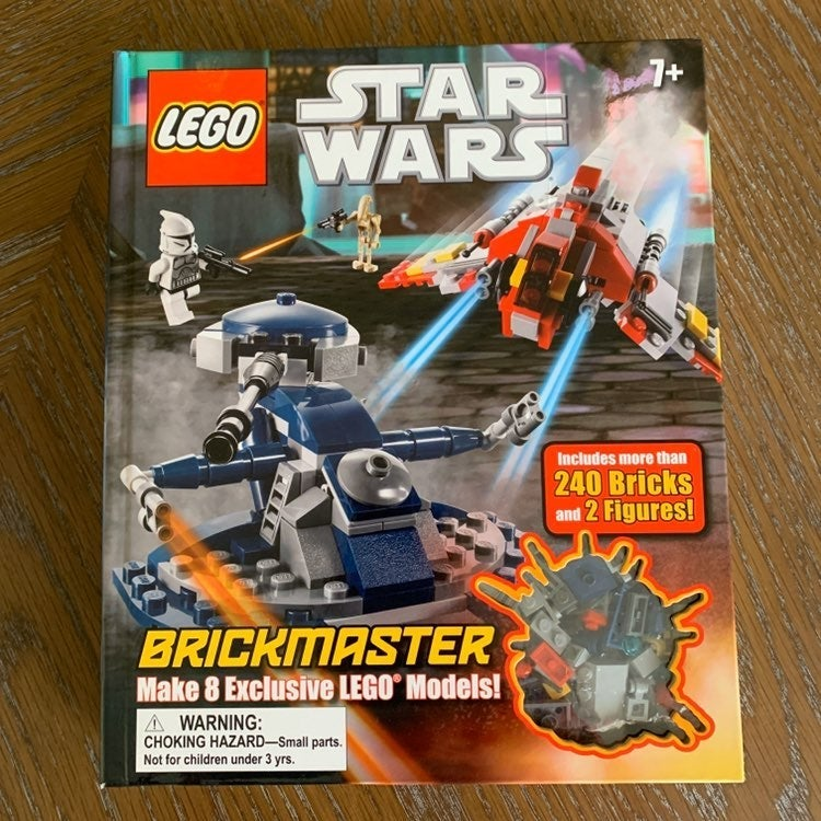 LEGO Star Wars Brickmaster - Inside has