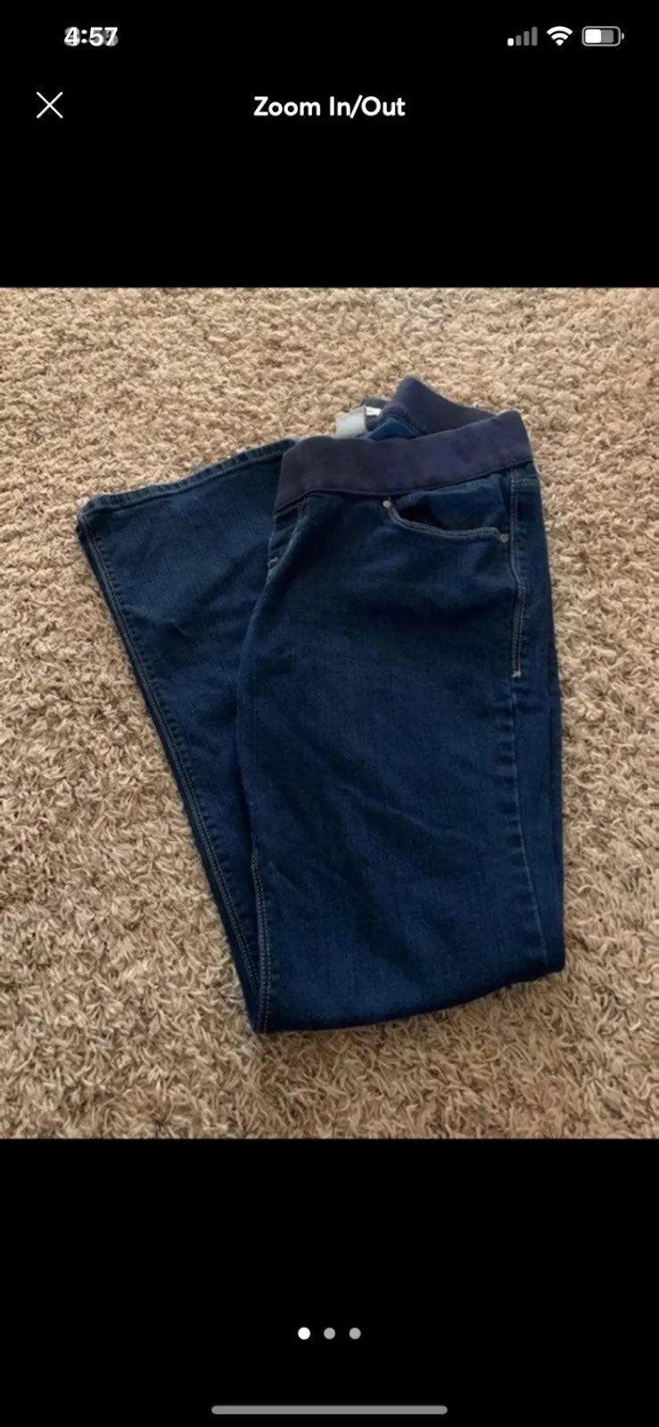 Maternity Old Navy size 8 jeans
