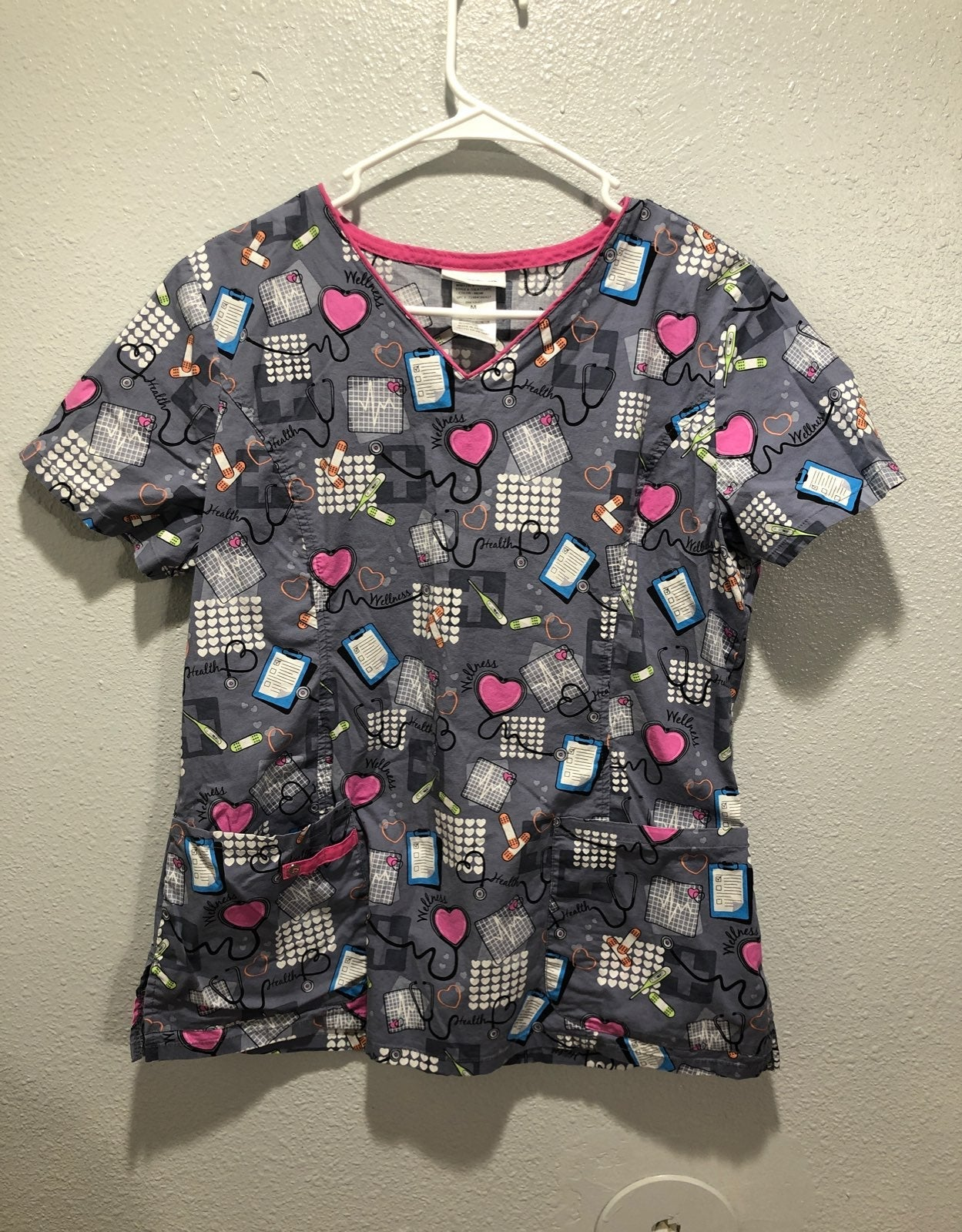 Womens scrb top size medium gray and pur