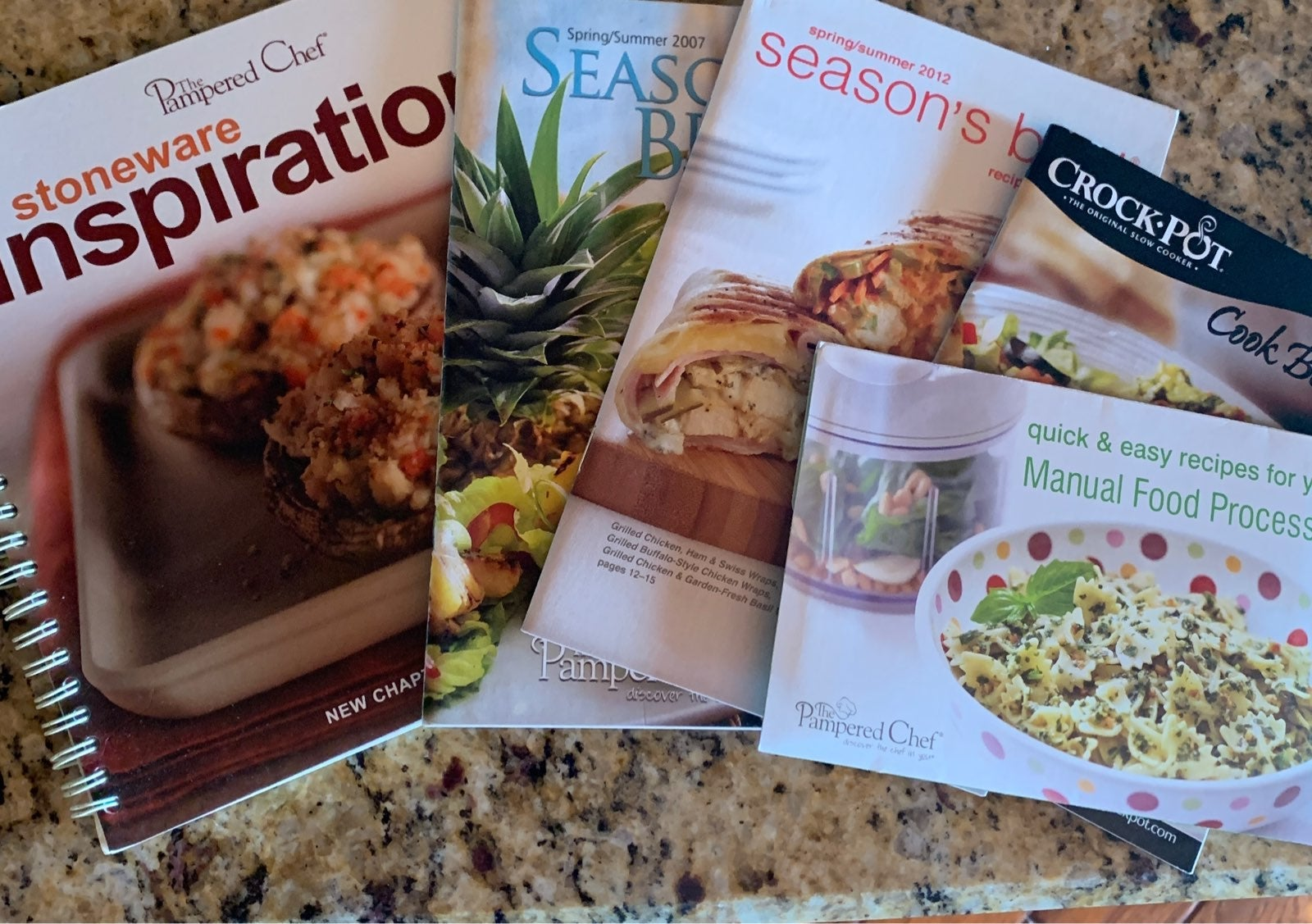 Pampered chef Cookbooks seasons best sto